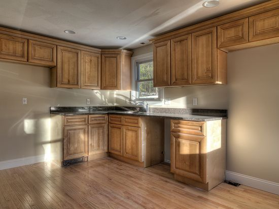 28 Ministerial Rd, Windham, NH 03087