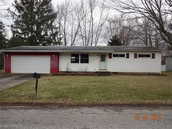 203 Young Dr, Lodi, OH 44254
