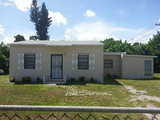 17900 NW 2nd Pl, Miami, FL 33169