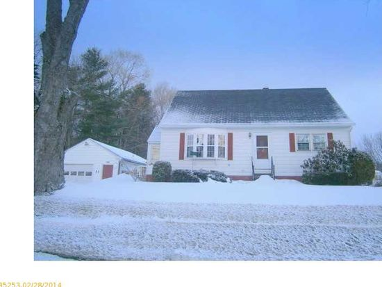 51 Cool St, Waterville, ME 04901