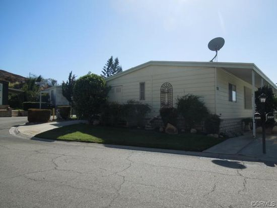 4040 Piedmont Dr SPC 228, Highland, CA 92346
