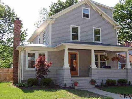 25 Pinewood Ave, Saratoga Springs, NY 12866