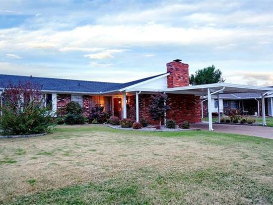 1036 NW 6th St, Moore, OK 73160
