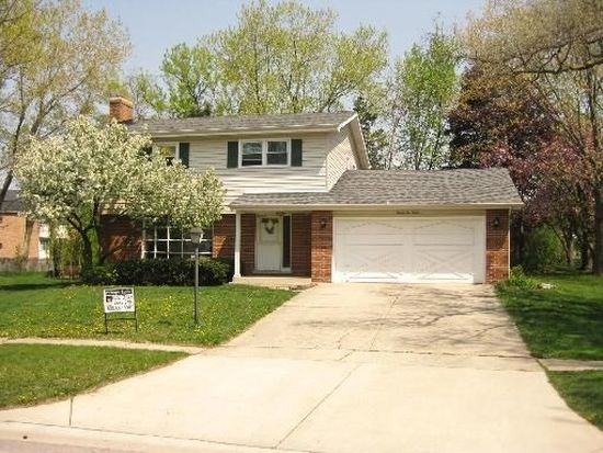 2212 Oxnard Dr, Downers Grove, IL 60516