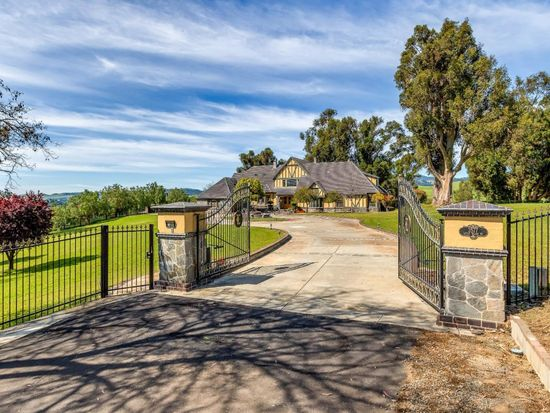 3577 Little Valley Rd, Sunol, CA 94586