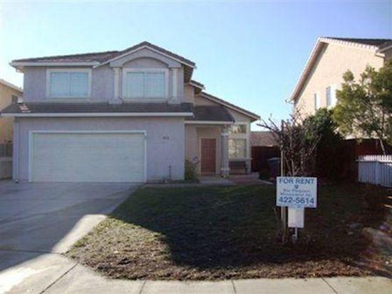1032 Bison Way, Salinas, CA 93905