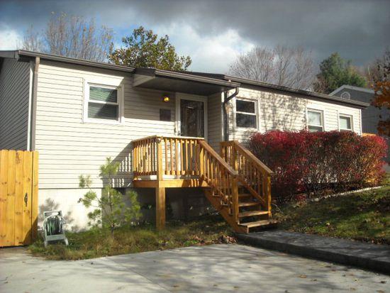 109 Vista Dr, Mount Hope, WV 25880