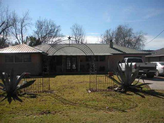 715 Port Neches Ave, Port Neches, TX 77651