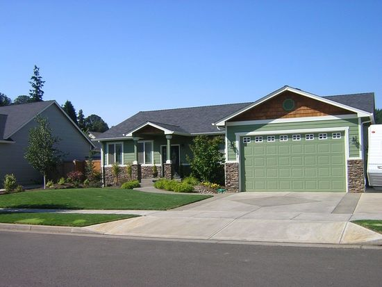 1313 Frontier St, Silverton, OR 97381