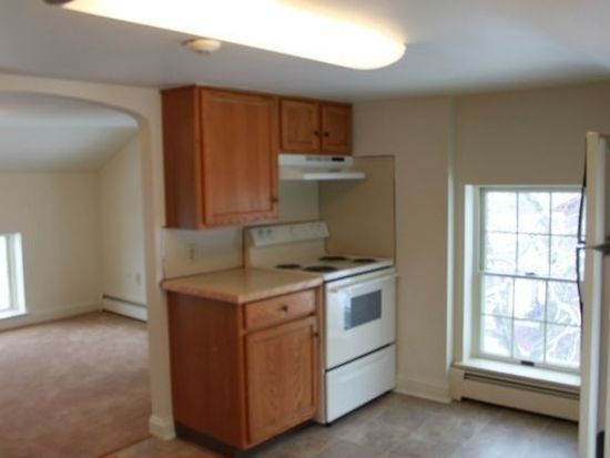 397 W Ridge Pike APT 3, Royersford, PA 19468