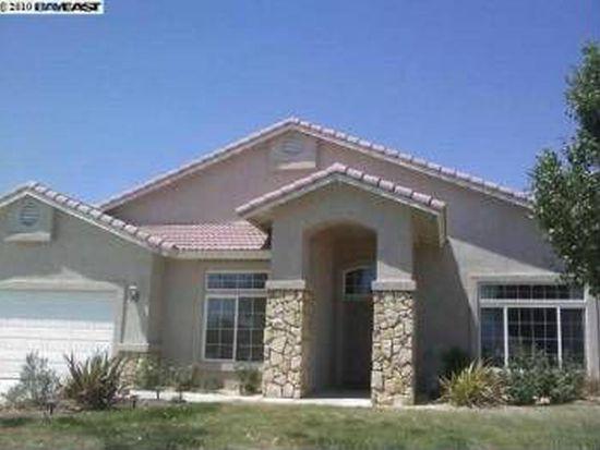 13808 Sahale Pl, Apple Valley, CA 92307