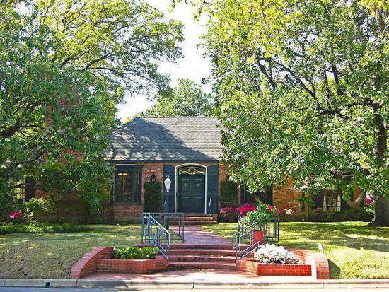 2 Willowood St, Dallas, TX 75205