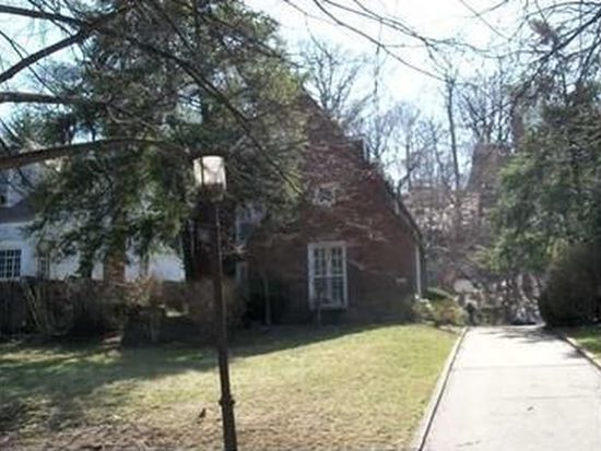 5156 Beeler St, Pittsburgh, PA 15217