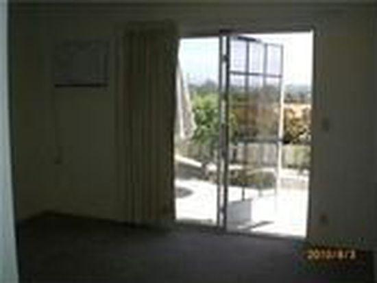 3332 Buena Hills Dr, Oceanside, CA 92056