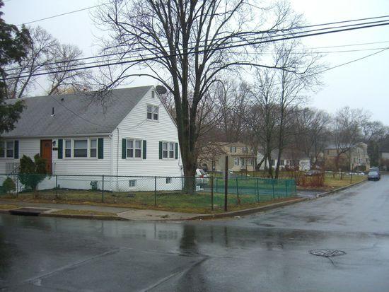 2232 Hamilton Ave, Willow Grove, PA 19090