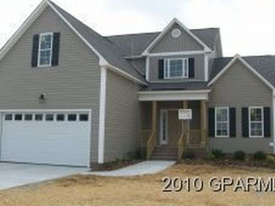 2511 Armstrong Ct, Greenville, NC 27858