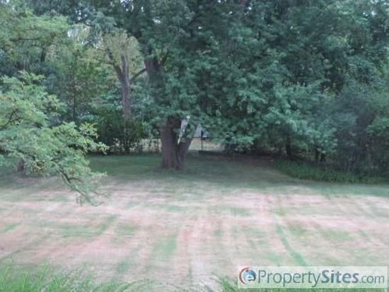 2411 Lander Rd, Pepper Pike, OH 44124