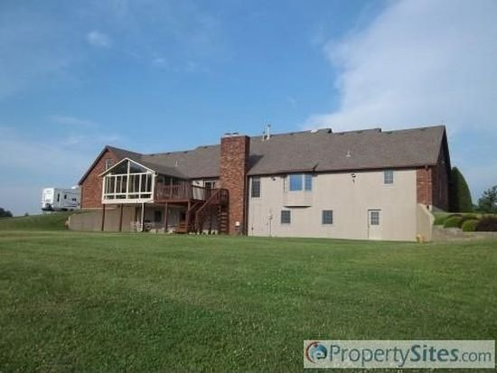 9296 Pekin Rd, Greenville, IN 47124