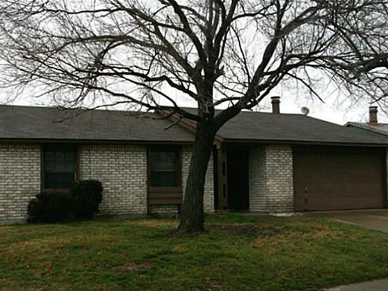 1134 Loving Trl, Grand Prairie, TX 75052