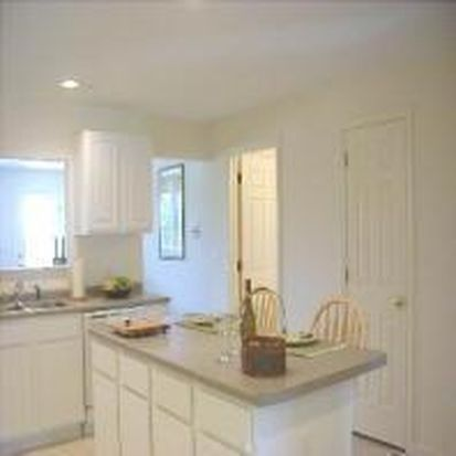 3207 Mead Hill Rd, Newmarket, NH 03857