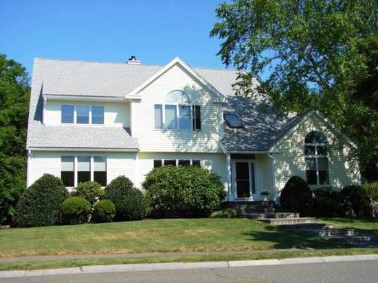 17 Landers Dr, Beverly, MA 01915