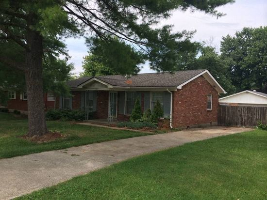 6015 Green Manor Dr, Louisville, KY 40219