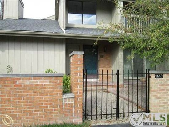 1653 S Hill Blvd, Bloomfield Hills, MI 48304