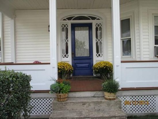 80 Forest St, Peabody, MA 01960