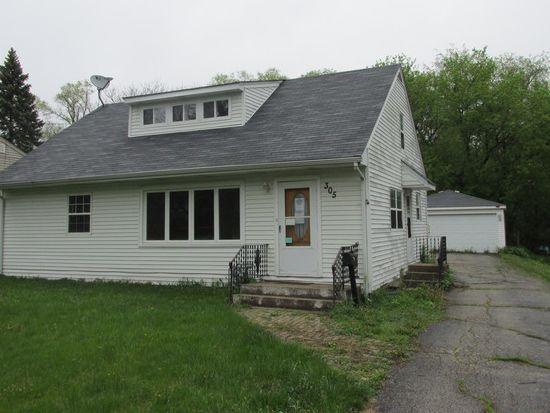 305 Illinois St, Crystal Lake, IL 60014