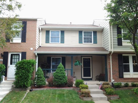 9149 Forest Breeze Ct, Springfield, VA 22152