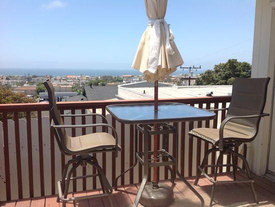 920 8th Pl, Hermosa Beach, CA 90254
