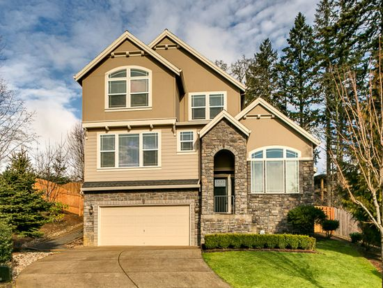 12621 SE Whisper Ct, Happy Valley, OR 97086
