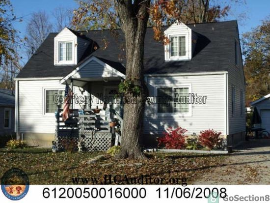 9727 Conklin Rd, Blue Ash, OH 45242