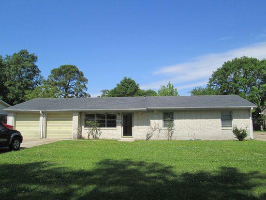2717 Lynwood St, Pascagoula, MS 39567
