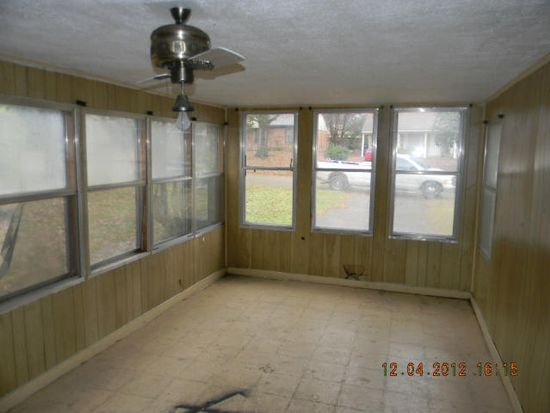 3115 Normandy Dr, Horn Lake, MS 38637