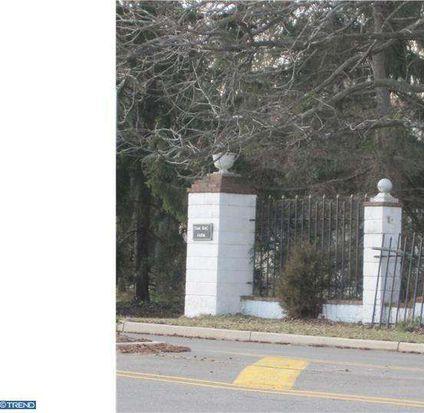 96 Bear Brook Rd, Princeton, NJ 08540