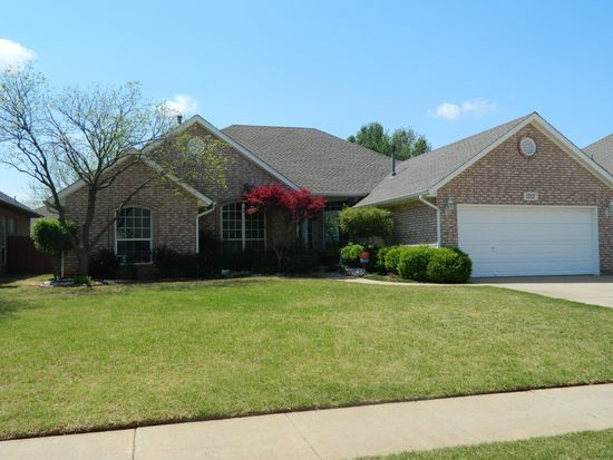 1212 Copperfield Dr, Edmond, OK 73003