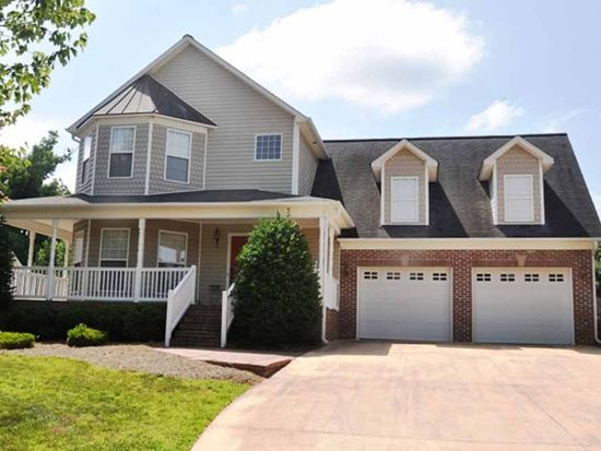 7240 Orchard Path Dr, Clemmons, NC 27012