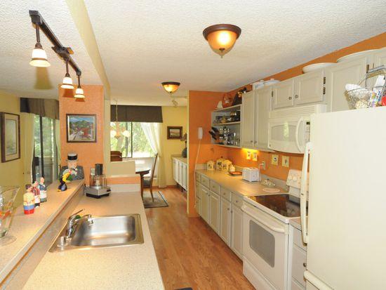 2510 W Manor Pl APT 113, Seattle, WA 98199