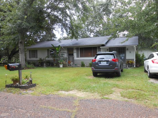3604 Norcrest St, Gautier, MS 39553