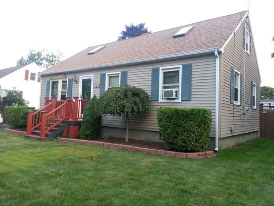 12 New Balch St, Beverly, MA 01915