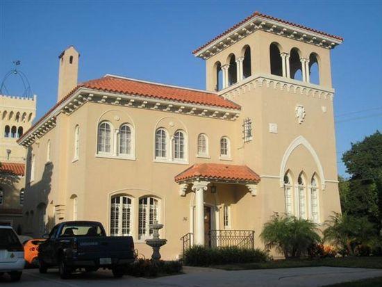 36 Columbia Dr, Tampa, FL 33606
