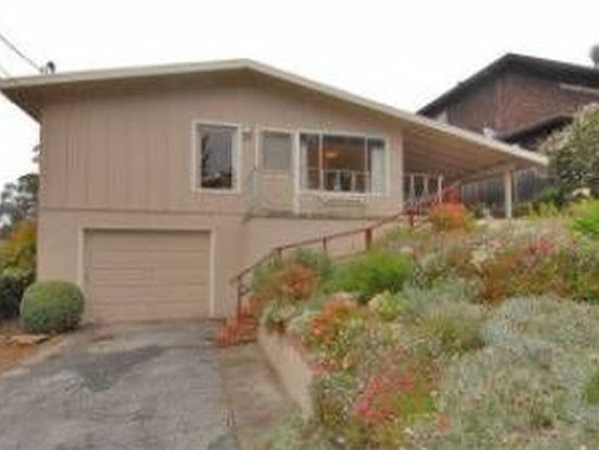 523 Columbus St, Half Moon Bay, CA 94019