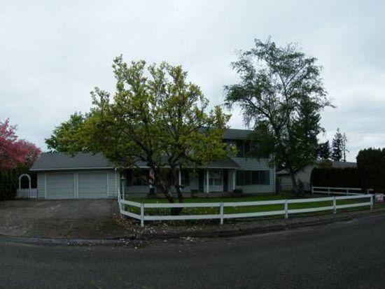 822 E 6th St, Molalla, OR 97038