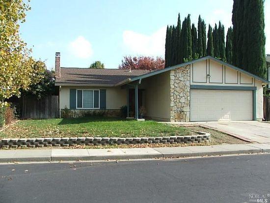 124 Clayton Cir, Vacaville, CA 95687