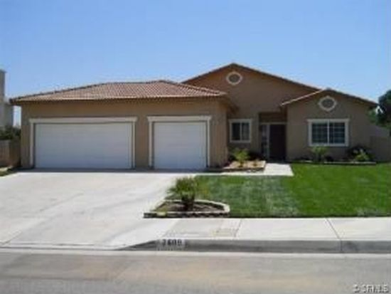 2689 W Meyers Rd, San Bernardino, CA 92407