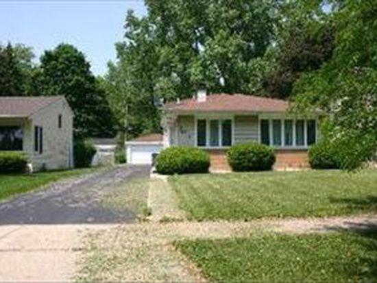 578 Lowden Ave, Glen Ellyn, IL 60137