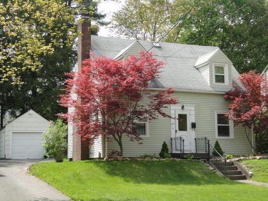 210 Garden Ave, Grove City, PA 16127