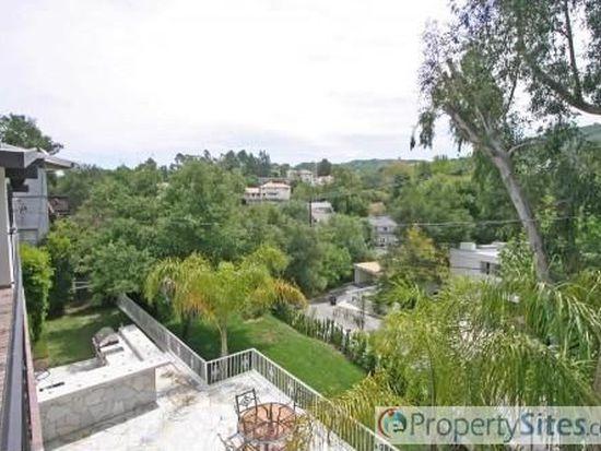 4210 Ensenada Dr, Woodland Hills, CA 91364