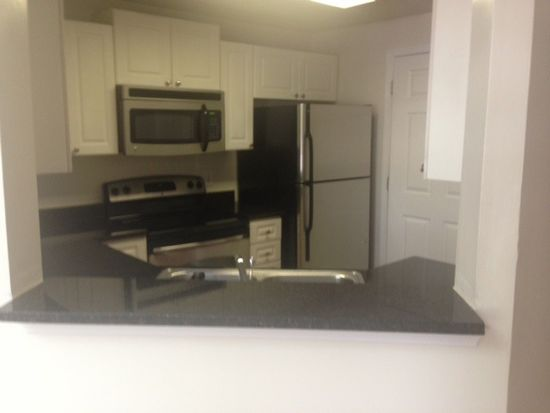 3200 Ridge Mill Run APT 208, Raleigh, NC 27612